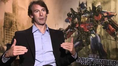 Transformers 5 - Michael Bay reagált a náci zászló körüli felháborodásra