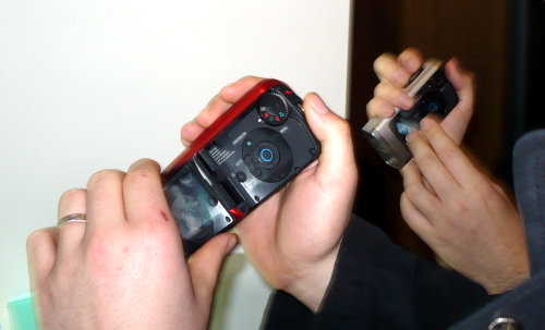 panasonicsw20inhands_.jpg