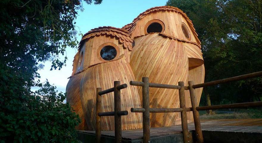 Tetszik ez a bagoly formájú házikó? Szállj meg benne teljesen ingyen!