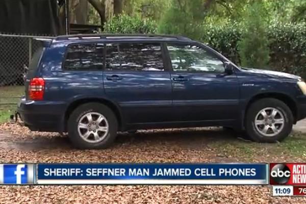 Brutális bírságot kapott a mobilozókat zavaró autós
