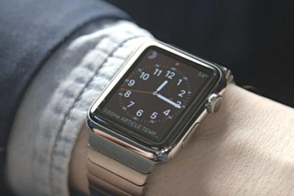 Micro LED-es kijelzőt kaphat az új Apple Watch