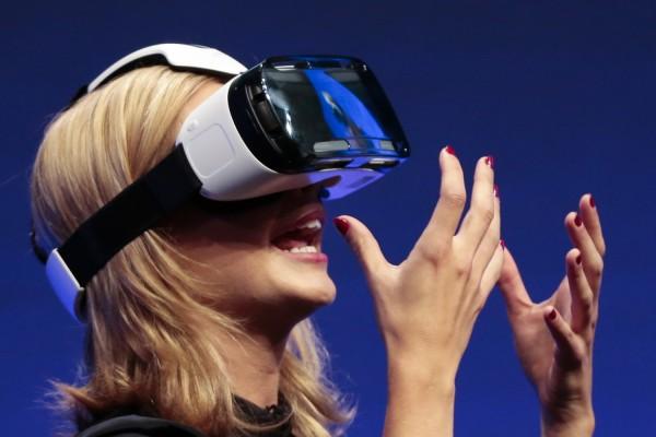 Csak sokára fogadjuk el a virtuális valóságot