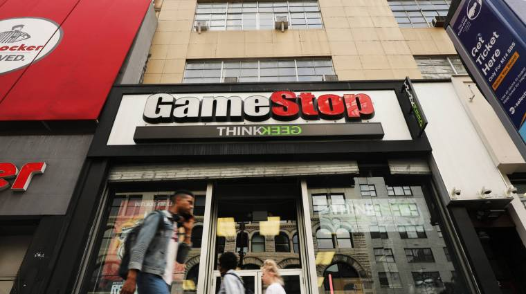 A tőzsdebotrányos GameStop részvények szárnyalása sem mentette meg a vezetőséget bevezetőkép