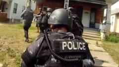 Még mindig van, aki szerint vicces a swatting: egy Fortnite streamer élő adásában törtek be kommandósok kép