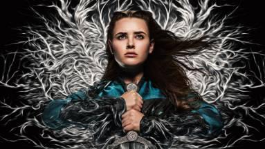Kicsoda Katherine Langford karaktere a Cursed: Átkozott sorozatban? kép