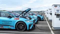 Hamarosan teljesen elektromos gyártóvá válik a Jaguar kép