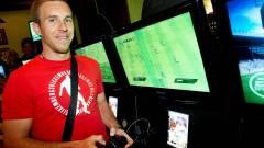 Hivatásos focisták próbálták ki először a FIFA 10-et kép