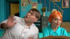 Ilyen élő szereplőkkel, magyarul a Family Guy főcímdala kép