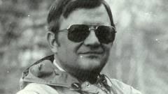 Elhunyt Tom Clancy kép