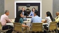 Üzleti út helyett virtuális találkozó kép