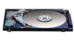 7 TB-os Hitachi merevlemez, héliummal kép
