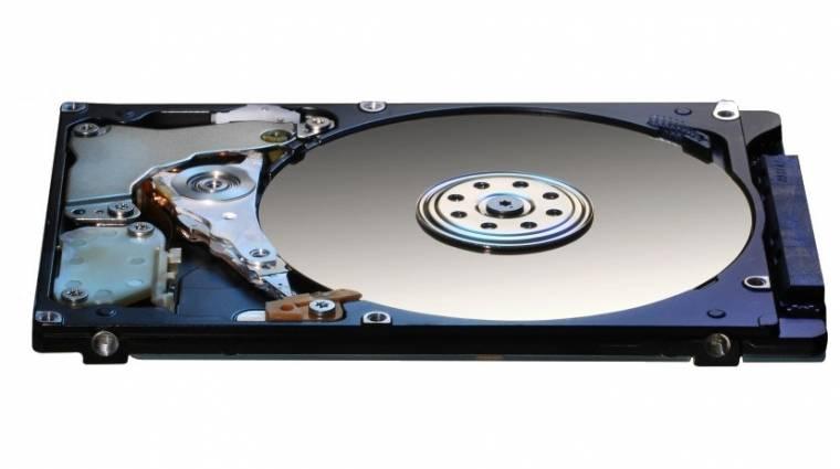 7 milliméteres, 2,5 hüvelykes HDD a Hitachitól kép