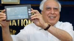 35 dolláros tablet Indiából kép