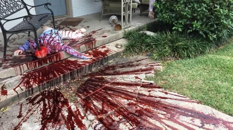 Napi büntetés: olyan véres lett a halloweeni dekoráció, hogy kijött a rendőrség bevezetőkép