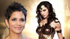 Gal Gadot Halle Berry-vel romantikázna a Wonder Woman 2-ben kép