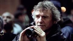 Elhunyt Curtis Hanson, a Szigorúan bizalmas rendezője kép
