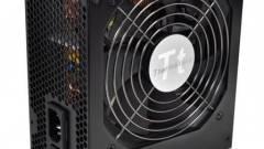 Új Thermaltake TR2 tápegységek kép