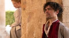 Peter Dinklage dalra fakad a Cyrano előzetesében kép