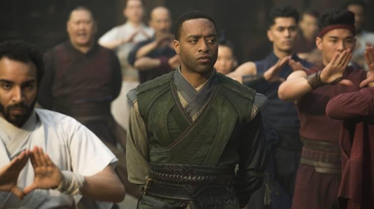 Chiwetel Ejiofor biztosan visszatér a Doctor Strange folytatásában kép