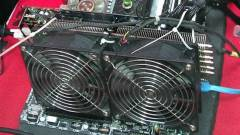 Radeon HD 7970 - 1,3 GHz-en, léghűtéssel kép