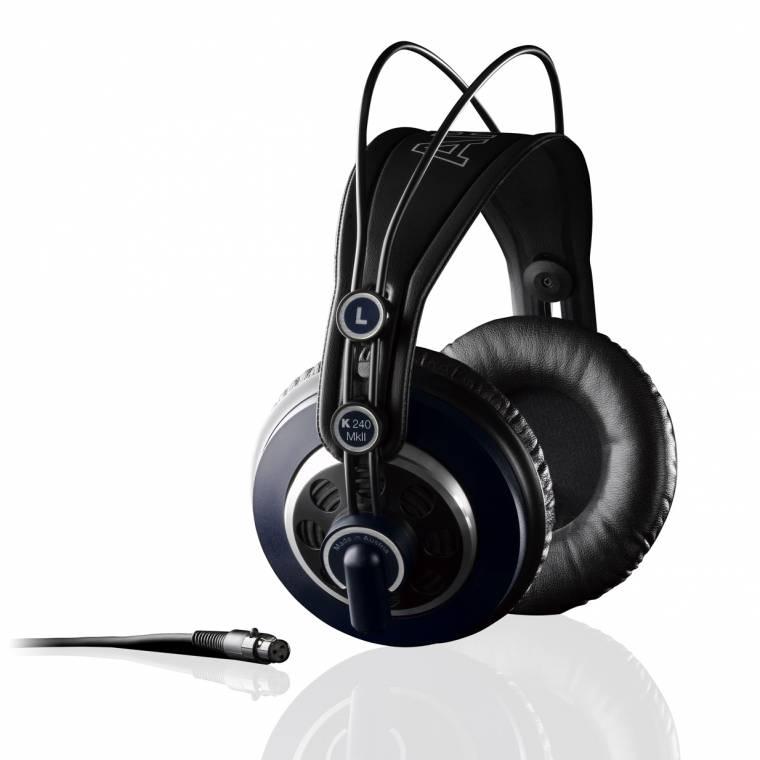 Zárt fejhallgatók  Ezeka fajta fejhallgatók képesek leginkább kint 55472e3fe3