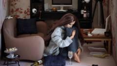 Vajon ki nyomta le Barbie-t? kép