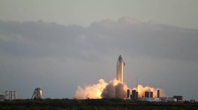 Felrobbant Elon Musk egyik rakétája, de szerinte a kilövés még így is sikeres volt kép