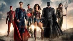 Az új Batman miatt később jön az Igazság Ligája 2 kép