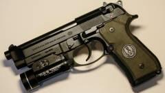 Halo markolatú Beretta - fegyver gamereknek kép