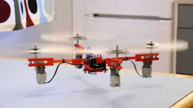 Ilyen egy szinte csak LEGO-ból összerakott drón kép
