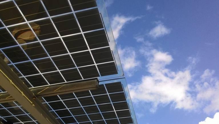 Megoldották a perovszkites napelemek gyártását – forradalom jöhet kép
