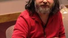 Stallman: elég volt az ubuntus kémprogramból kép
