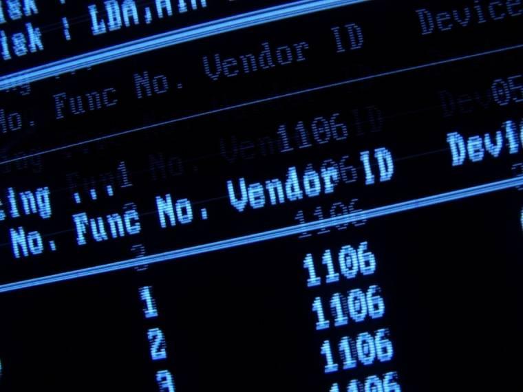 Már a BIOS elvégzi az IRQ és DMA hozzrendeléseket.