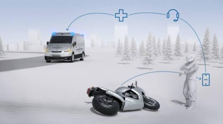 A jövő motorjai mentőt hívnak baleset után kép