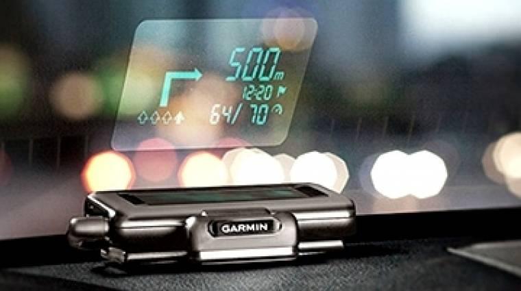 Szélvédőre vetít a Garmin kép