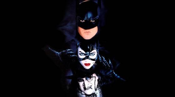 csinál-e a batman macskás nővel