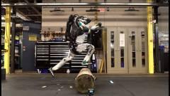 Amikor látod parkourozni a Boston Dynamics robotját, okkal félsz egy sötét jövőtől kép