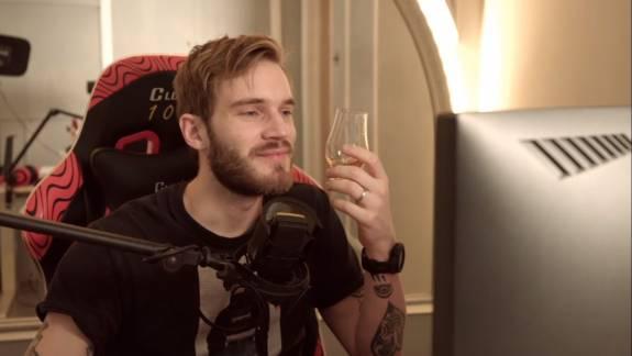 PewDiePie szerint nem lenne szabad elfordulnunk a megvádolt hírességektől kép