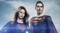 Akcióba lendül Superman a Supergirl forgatásán kép