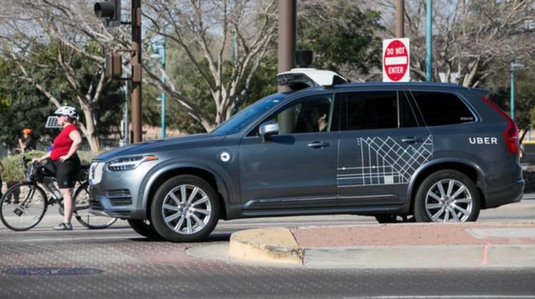 Az Uber önvezető autója megjósolja a gyalogosok és a többi jármű útját kép