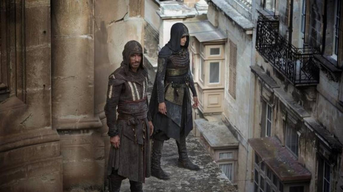 Így ugrottak a mélybe az Assassin's Creed kaszkadőrei kép