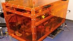 Egyszerre 10-féle anyagot használ az új 3D nyomtató kép