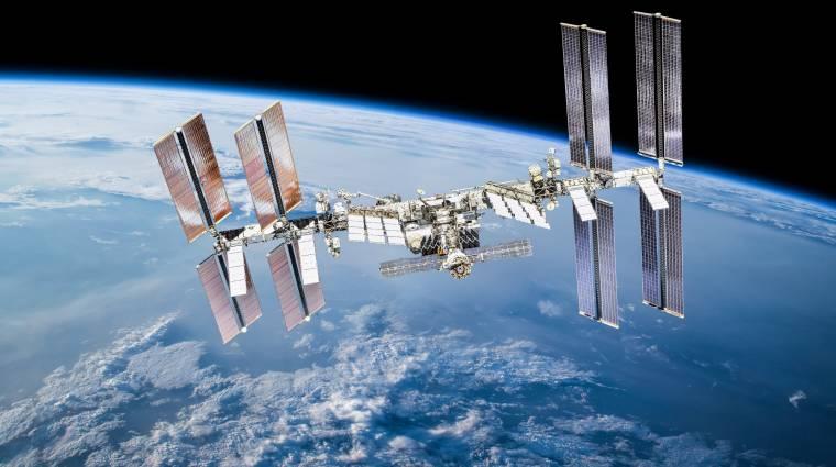 Űrszemét miatt kellett módosítani a Nemzetközi Űrállomás pályáját kép