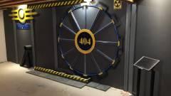 Egy Fallout rajongó megépített otthon egy igazi Vault-Tec ajtót kép