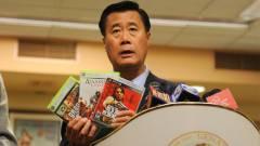 Öt év börtönt kapott az erőszakos játékok ellen kampányoló szenátor kép