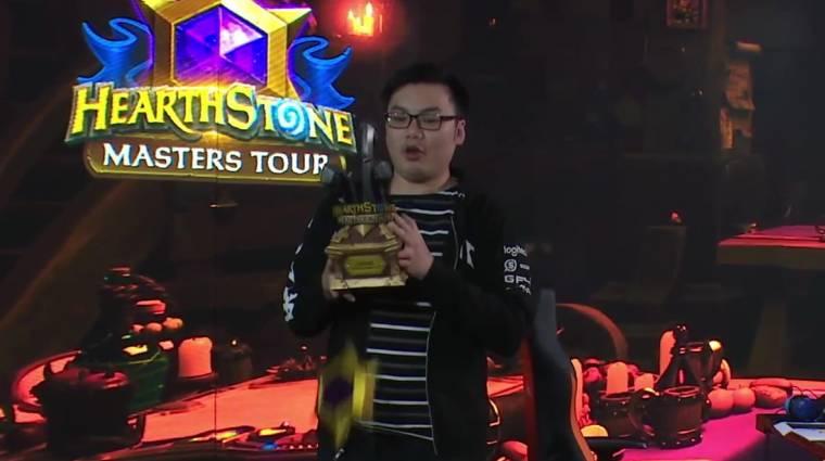 Hearthstone - szétesett a trófea a Master Tour bajnok kezében bevezetőkép