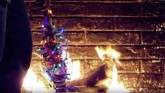 Semmi nem hoz úgy karácsonyi hangulatba, mint a kandallóban ropogó tűz kép