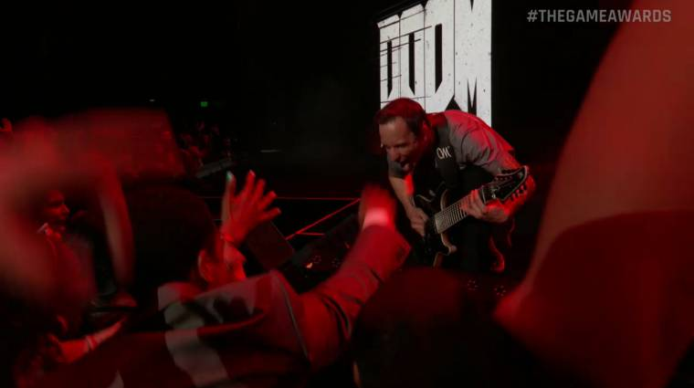 Nagyon szívesen végigpogóznánk egy ilyen Doom koncertet bevezetőkép