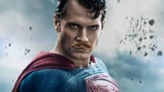 Bajszos Superman, avagy az Igazság Ligája utóforgatás részletei kép