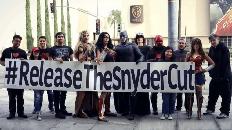 Óriásplakátok követelik Zack Snyder bővített Az Igazság Ligáját San Diegóban kép